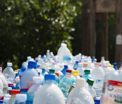 »  Unión Europea. Propuesta de Directiva relativa a la reducción del impacto ambiental de determinados productos de plástico.