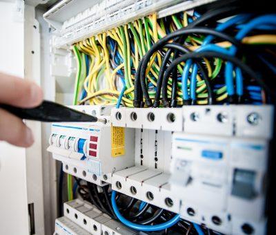 » Revisión guías técnicas del Reglamento Electrotécnico de Baja Tensión.