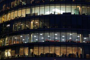 » Guia Tècnica Eficiència Energètica en Il·luminació. Oficines
